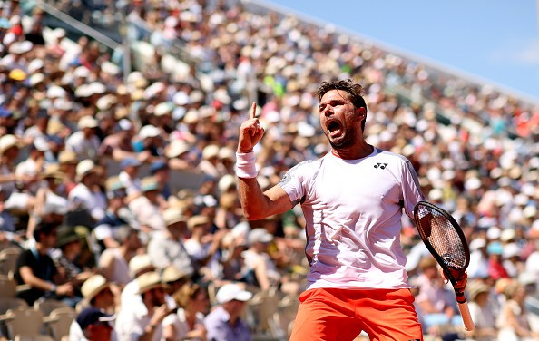 Paris | Wawrinka wins epic battle with Tsitsipas
