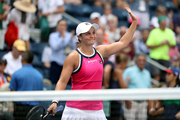 New York | Barty and Serena win in straight sets