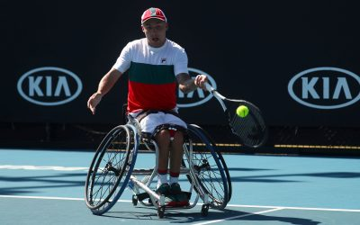Melbourne |  Hewett, Reid and Lapthorne earn early victories