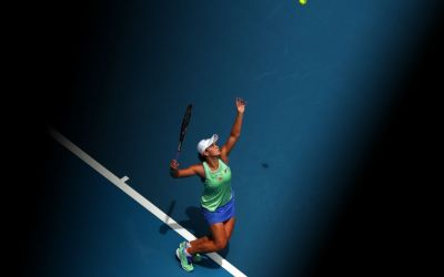 Melbourne | Barty breezes on with quest