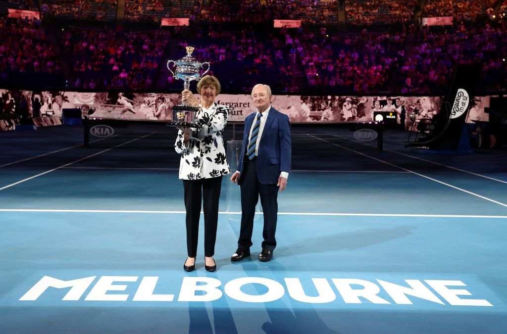 Melbourne | Navratilova and McEnroe apologise for breaking protocol