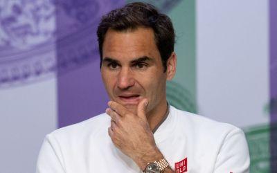 London | Federer breaks radio silence