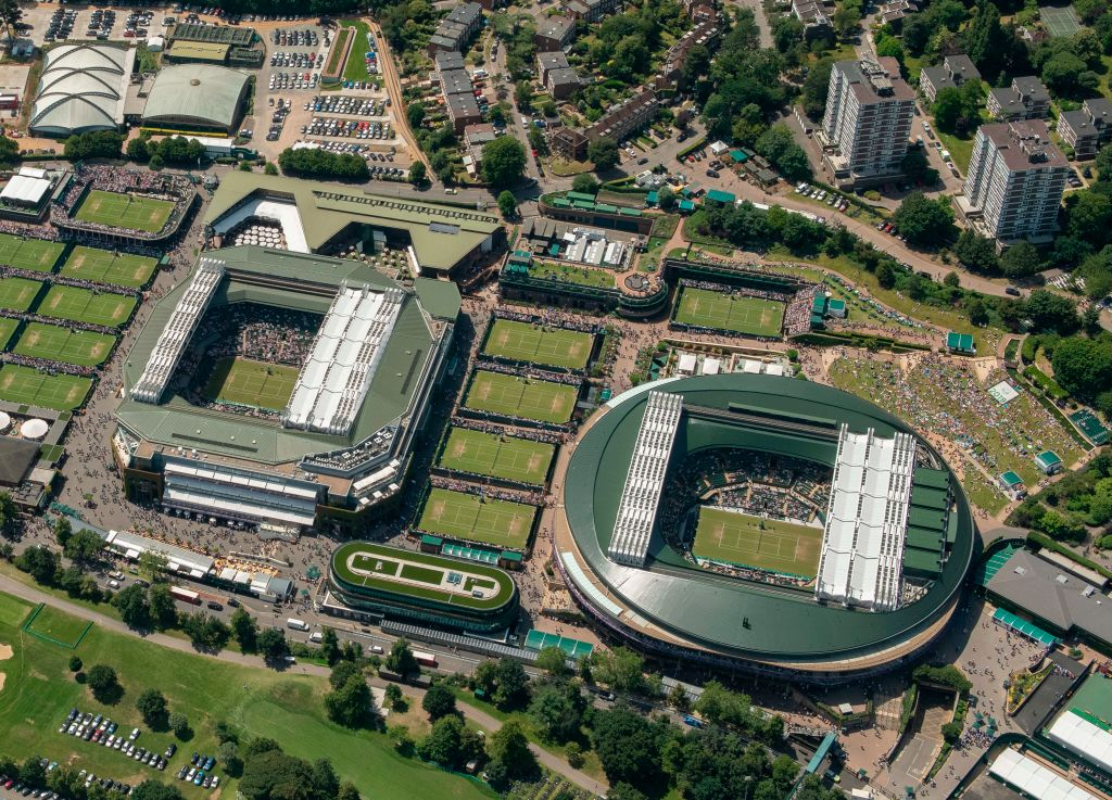 London | Philanthropic Wimbledon donates