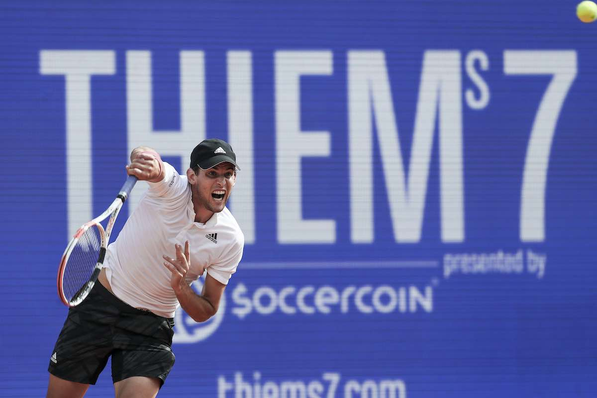 Thiem battles past Bautista Agut into final