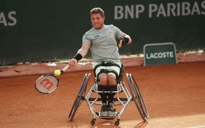 Hewett reaches third Roland Garros semi-finals.
