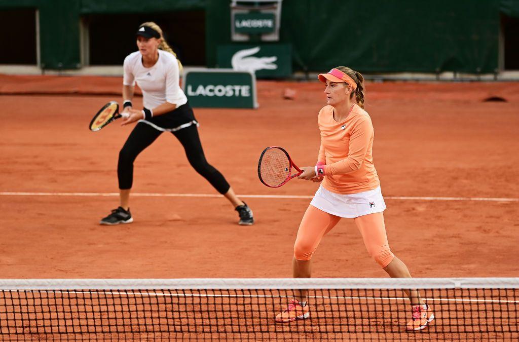 Women's Doubles Finalists set