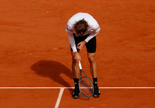 Zverev loses and causes Covid panic