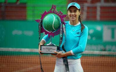 Cirstea crushes Mertens in Istanbul final