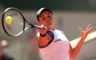 Halep pulls out of Wimbledon minutes ahead of the draw