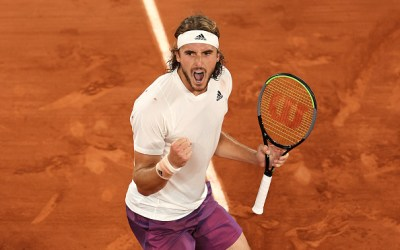 Zverev and Tsitsipas claim the first semi-final places