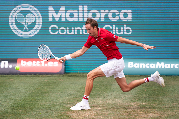 Medvedev looking to build confidence