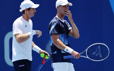 Murray and Salisbury topple second seeds