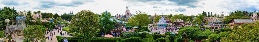 Visit the Disneyland in Paris