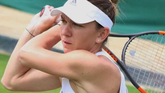 Simona Halep v Ekaterina Alexandrova & Caroline Wozniacki v Lauren Davis predictions and tips
