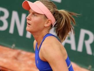 Fiona Ferro v Nadia Podoroska live streaming and predictions