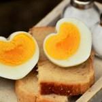 パンとハートの卵