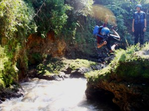 Foto: River jump (dokumen pribadi)