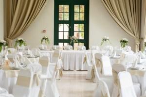 Location tables et chaises pour réception Poitiers