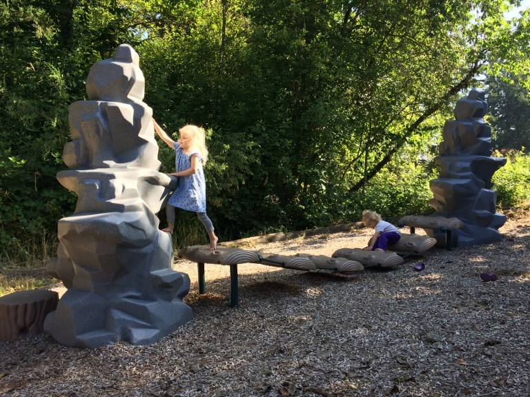 The best parks in West Linn, Oregon have hiking, splash pads, playgrounds and more: Perfect for family travel + fun outside Portland. Ten Thousand Hour Mama