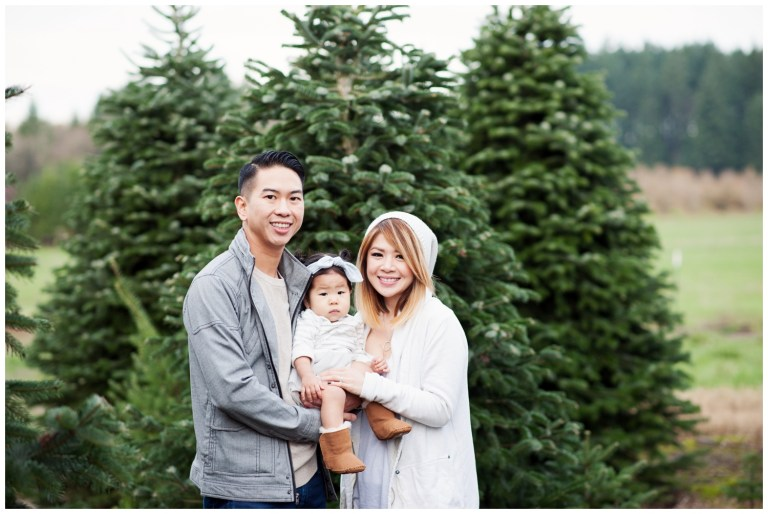 5 steps to getting a great holiday family photo, perfect for your Christmas card! Ten Thousand Hour Mama