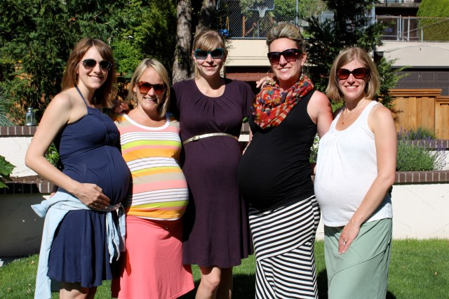 The five of us are due within 2 weeks of each other. There must've been something in the water!