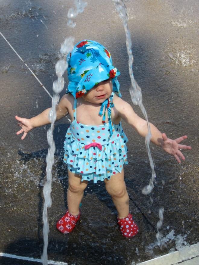 Ten Thousand Hour Mama - Willamette Park West Linn splash pad