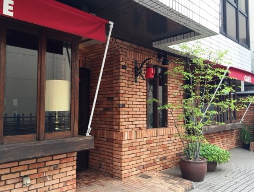 飲食店の古くなったテントを交換せずに格安で復活 トリプルエス 大阪