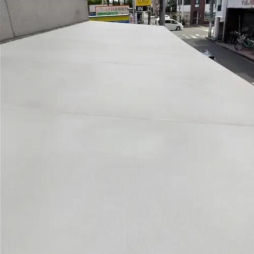洗浄完了後のテント天井部の様子