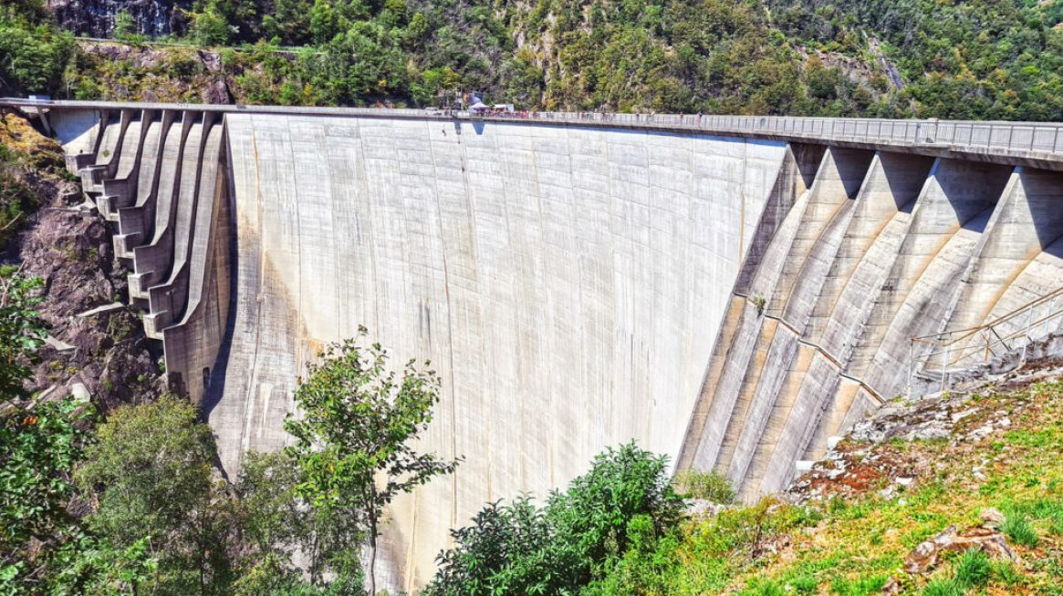 Verzasca Dam, Ticino