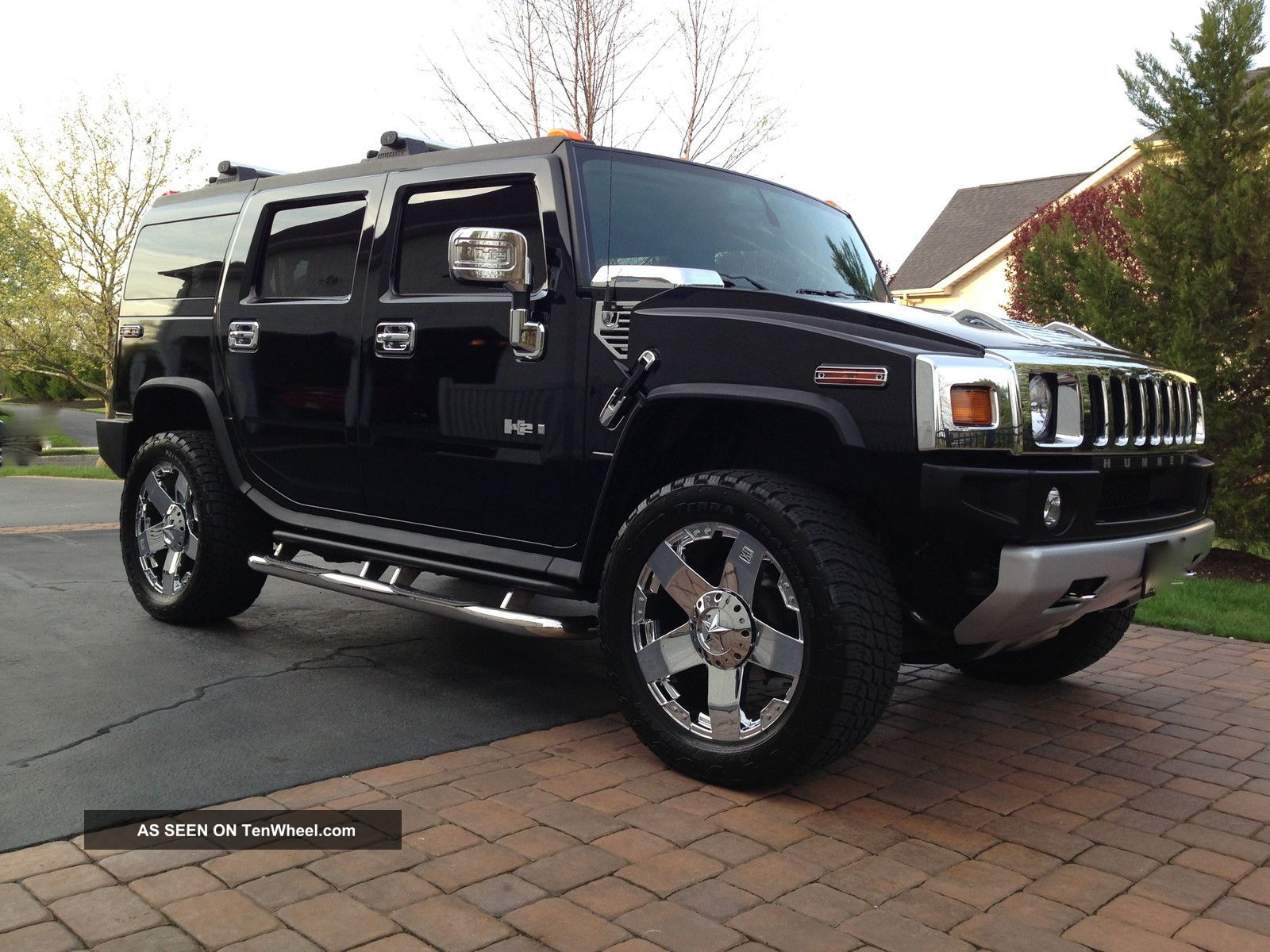 Hummer H2 Suv posters news and videos on your pursuit