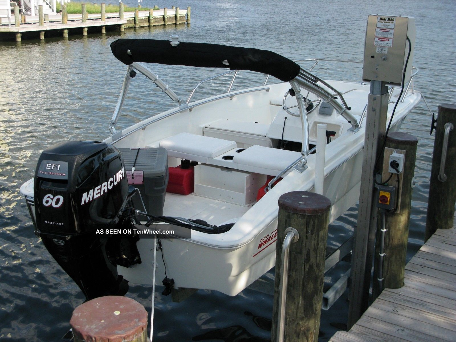 2010 Boston Whaler 150 Sport