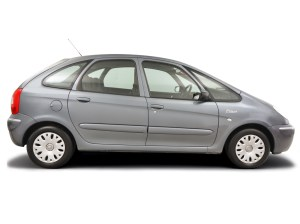 Citroen Xsara Picasso (2000  2004) 16  Oil filter