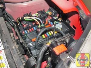 Citroen C2 (2003  2010) 14  Fusebox and diagnostic
