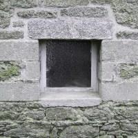 Abrir un hueco en muro de carga de piedra tradicional - ¿dónde está el mampostero?