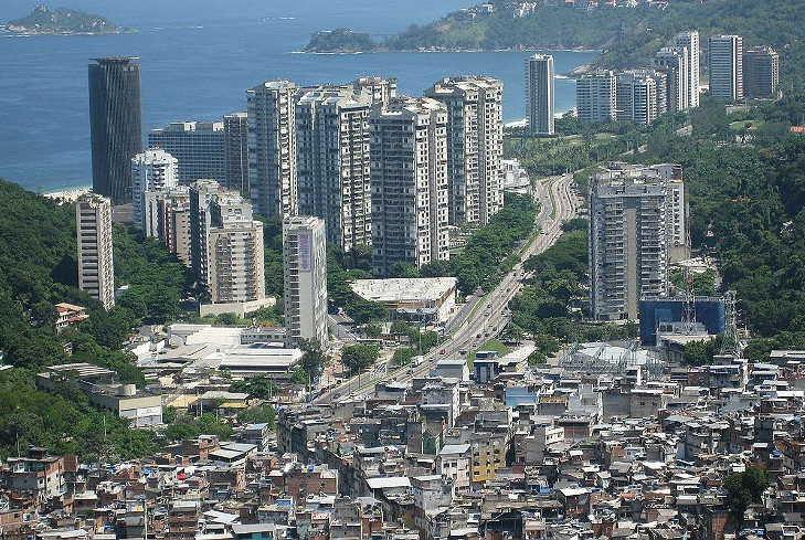 A distância que nos separa: Sobre as razões da desigualdade no Brasil