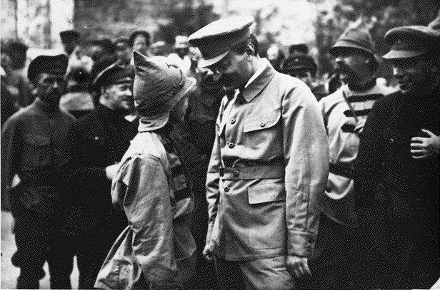 A juventude para o trotskismo: os debates de Trotsky