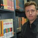 HABLANDO CON OMICRONIANOS: Richard Cedeño en clave de ciencia ficción