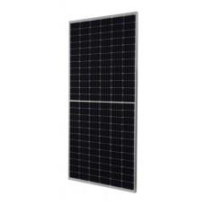 b) Сонячні панелі