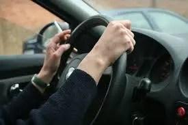 Odstránenie cigaretového zápachu v aute