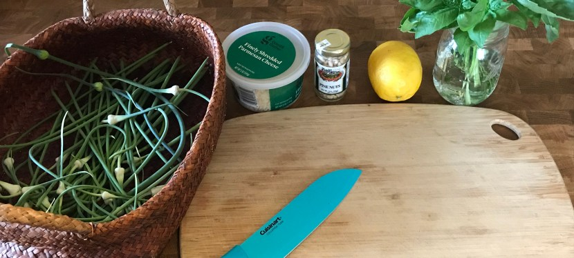 Urban Foraging: Garlic Scape Pesto Recipe