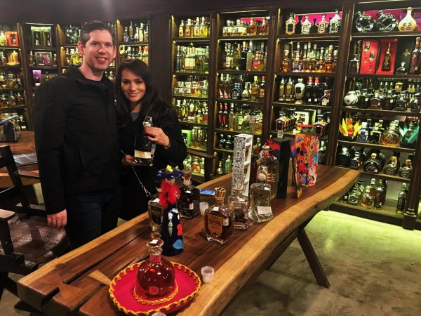 Como Los Gringos nos robaron el Tequila