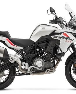 Motocicleta Benelli TRK 502 X 500cc Modelo 2020