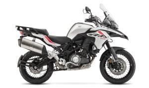 trk502x white 300x178 - trk502x_white