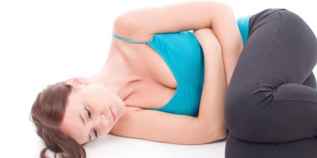 sakit perut bagian tengah - gejala sakit perut bagian tengah - obat sakit perut