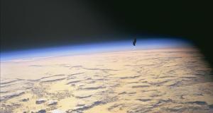 Misteri Black Knight Satellite