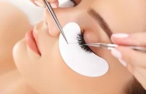 membersihkan eyelash extention
