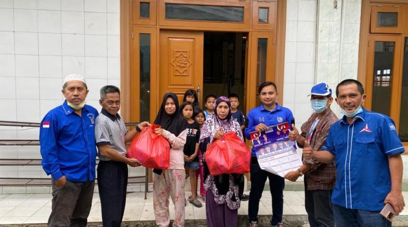 Berkah Ramadhan, DPC Partai Demokrat Kabupaten Nunukan Bagikan 500 Nasi Kotak