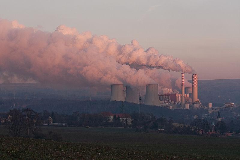 Elektrownia Turów w Bogatyni Fot. www.wikipedia.org