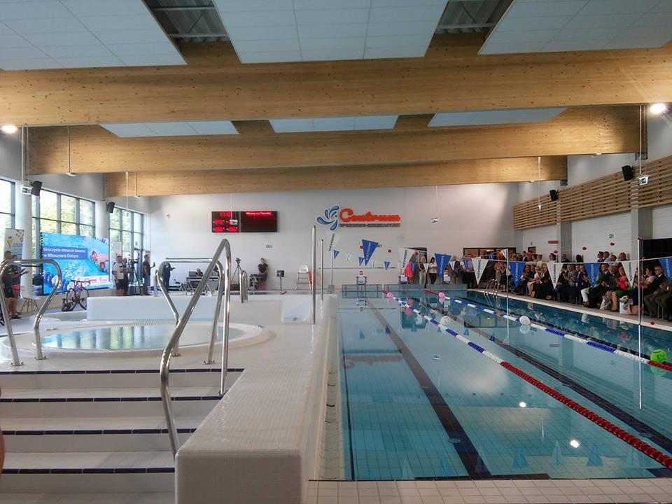 W Witoszowie Dolnym uroczyście otwarto nowy basen (FOTO)