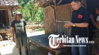 Media Online News Republik Ajak Karom 'Supplier' Sembako Bantu Warga Miskin di Sampang